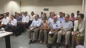 Palestra de Governança e Liderança em Gerenciamento de Projetos.